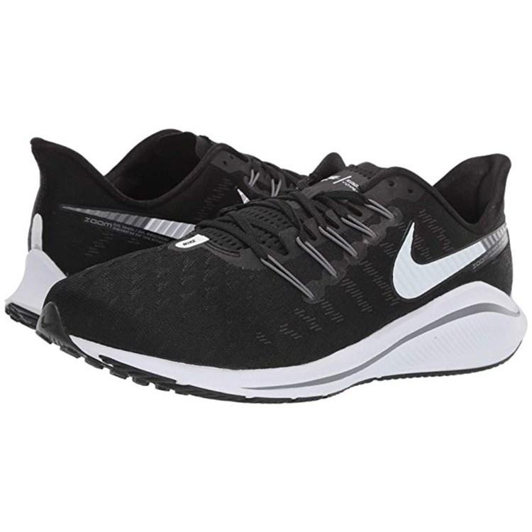 nike running black sneaker