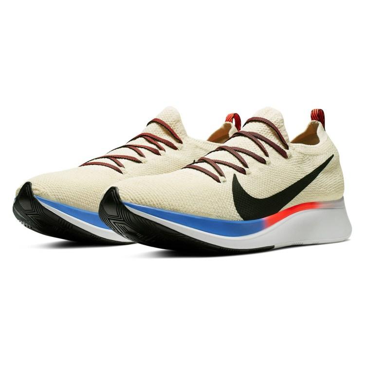 running sneaker nike