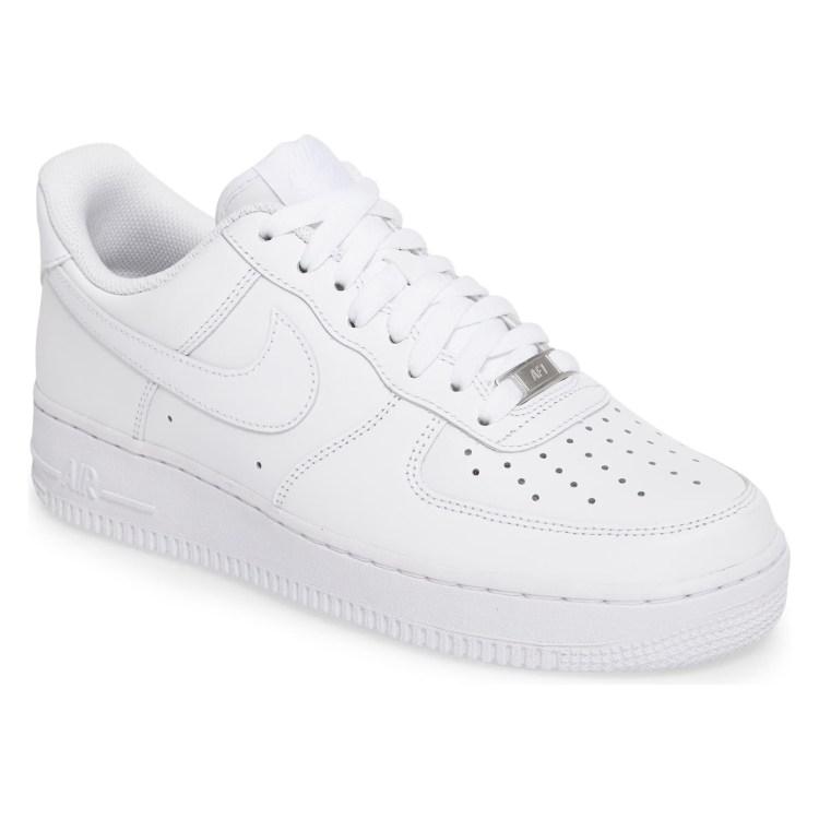 best white sneakers for men af1