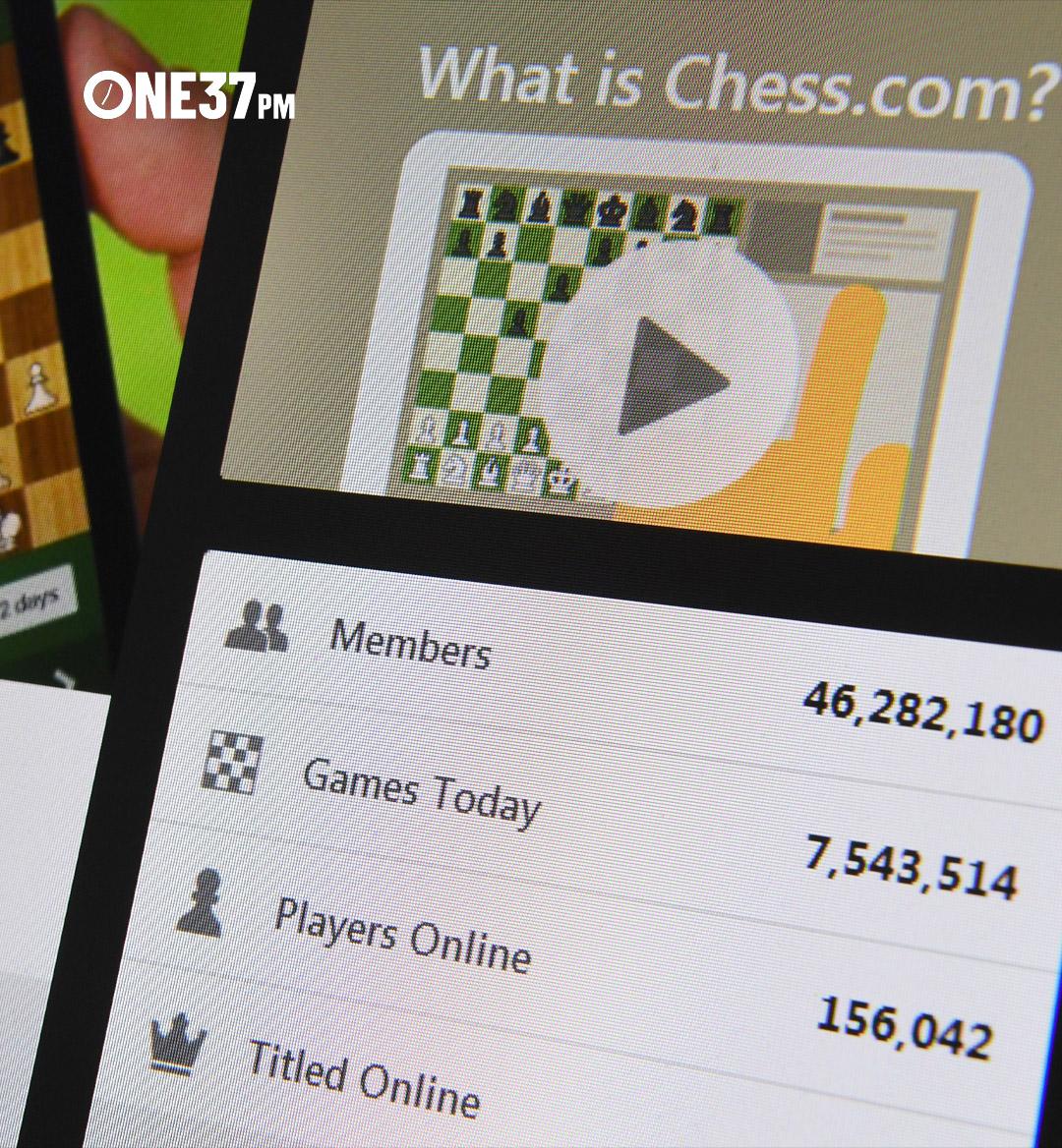 mobile hero chess