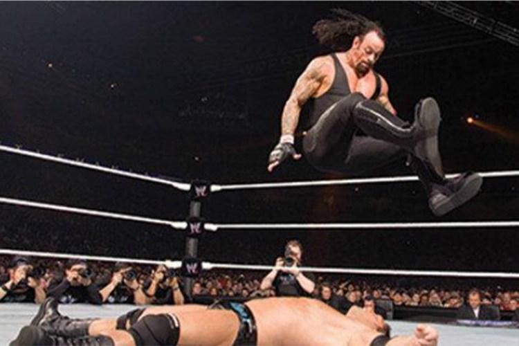 wrestlemania undertaker 0012 e6499334f23e9afc 600x338 1