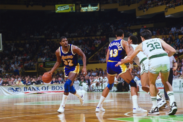 best nba teams of all time horizontal 0003 GettyImages 140026927