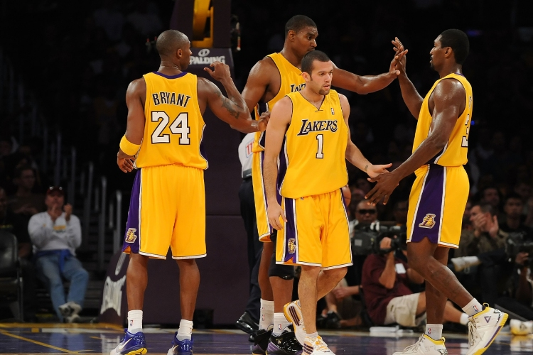 best nba teams of all time horizontal 0014 GettyImages 91986356