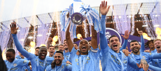 manchester city trophy universal