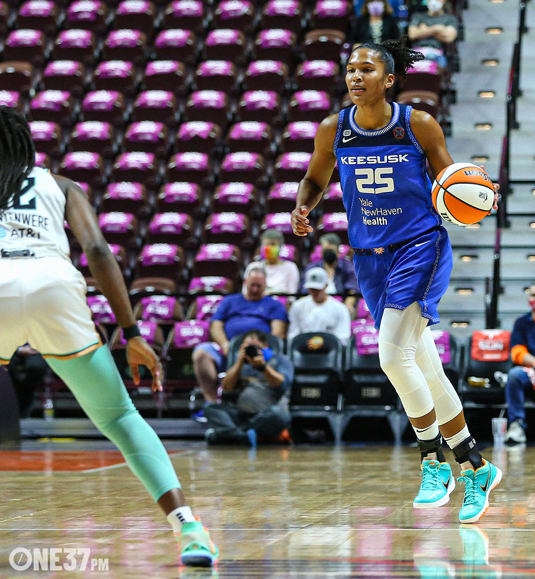 WNBA MOBILE 3